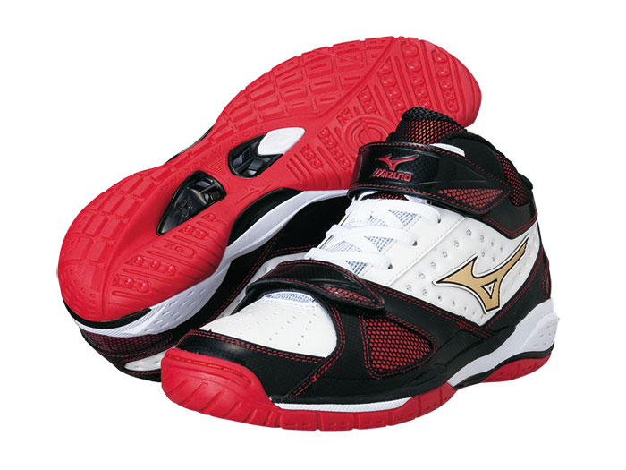 MIZUNO WAVE REAL GRASP 2