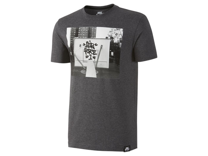 NIKE AS AF1 OUTDOOR HOOPS Tシャツ