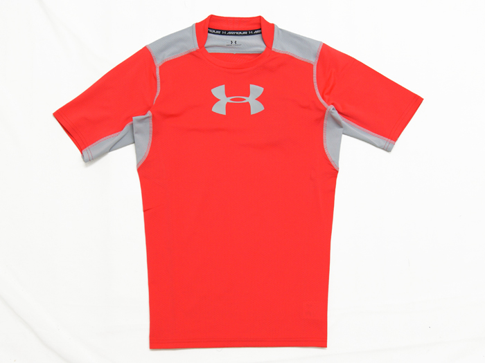 UNDER ARMOUR UA COOLSWITCHコンプレッションSSシャツ